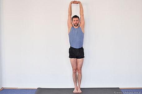 urdhva badhyanguliasana  szkoła jogi sadhana  joga kraków